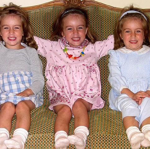 multiple births triplets girls