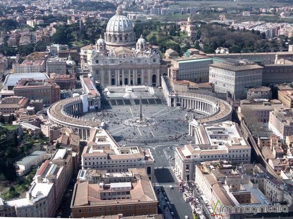 roma-basilica-di-san-pietro-02