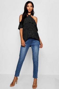BooHoo Maternity jeans only £17